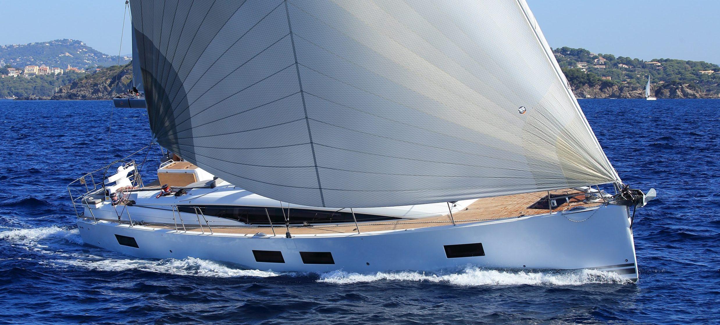 Jeanneau 51 open sail